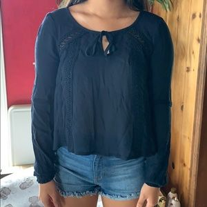 BNWT Hollister black blouse